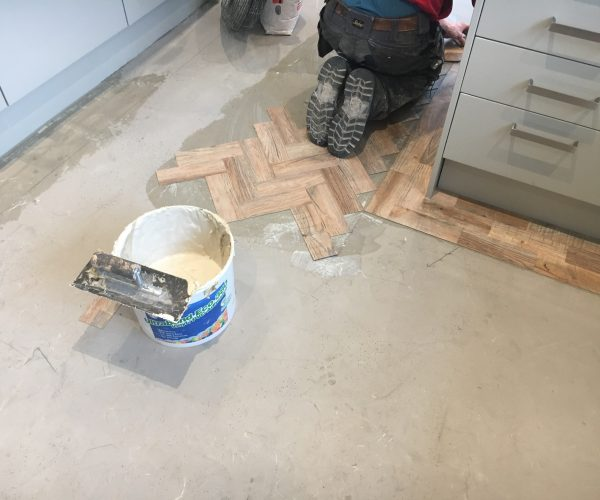 fitting lvt flooring in leicester